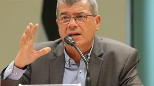 رئيس هيئة شئون الأسرى والمحررين الفلسطينيين عيسى قراقع
